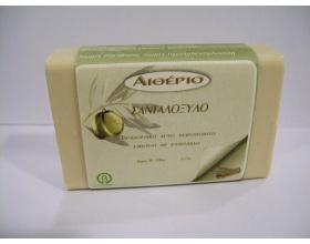 Novomed ΑΙΘΕΡΙΟ, Χειροποίητο σαπούνι από αγνό ελαιόλαδο και σανταλόξυλο με θεραπευτικές ιδιότητες στο έκζεμα 100g