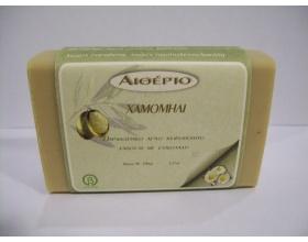 Novomed ΑΙΘΕΡΙΟ, Χειροποίητο σαπούνι από αγνό ελαιόλαδο και χαμομήλι με αντισηπτικές ιδιότητες 100g
