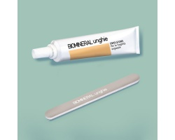 Biomineral Unghie Topico Γαλάκτωμα για τα Εύθραυστα Νύχια μαζί με ειδική λίμα 20ml
