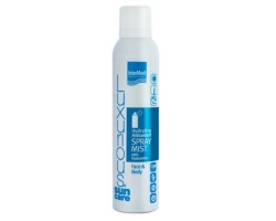 Intermed Luxurious Sun Care Hydrating Antioxidant Face & Body Spray Mist With Hyaluronic Αναζωογονητικό spray –mist που προσφέρει βαθιά ενυδάτωση 200ml
