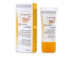 Bioderma Photoderm AR SPF50+ Αντηλιακή Κρέμα Προσώπου Με Χρώμα για Ευαίσθητο Δέρμα με Ερυθρότητα & Ευρυαγγείες, 30ml